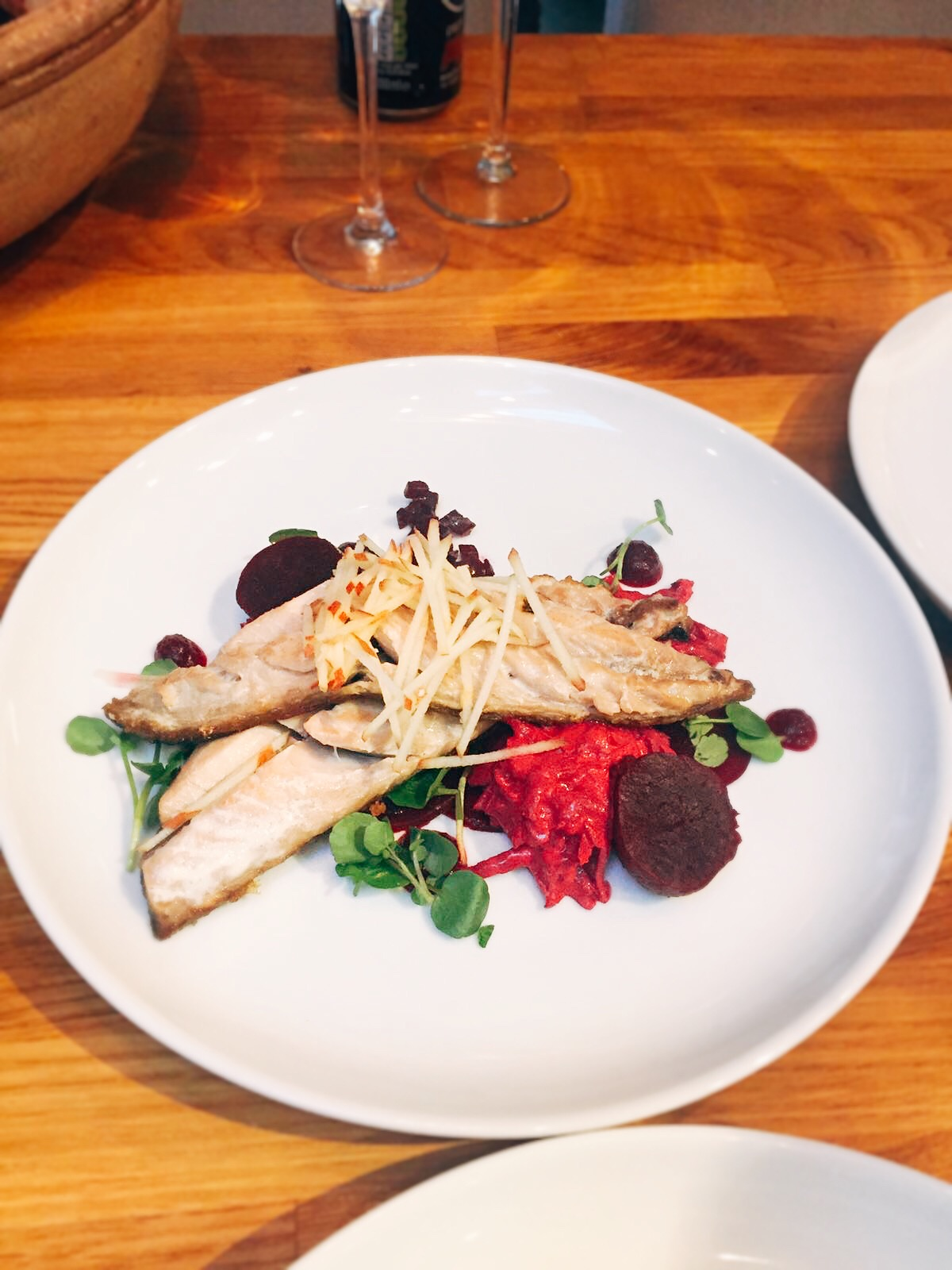 mackerel with beetroot apple and watercress personal chef at Three little pigs cottage